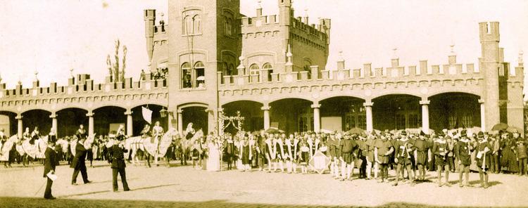 Praalstoet - bouw Sint-Elisabeth Hospitaal - Statieplein - Aalst - 1895