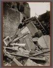 Haarlemmerdijk 194-196. Het ingestorte woonhuis aan de Haarlemmerdijk op de plaa…
