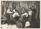 Muziekuitvoering door een Indonesische groep