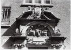 Detail poortje van het Spinhuis met tympaan; exterieur