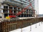 Bouwput voor de bouw van nieuwbouwwoningen en kantoren aan de Oosterdokskade
