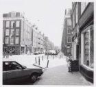 Langendijkstraat, Pieter 26 en 28 (voorgrond rechts)