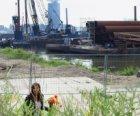 Bouwwerkzaamheden in het Westerdok gezien in noordoostelijke richting vanaf de W…