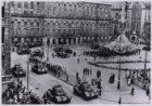 Bevrijding, Militaire parade op de Dam voor koningin Wilhelmina