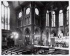 Interieur van de rooms-katholieke Sint Bonifatiuskerk, Kastanjeplein 10, met rec…
