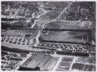 Luchtfoto van de Schinkel (onderaan) en omgeving gezien in oostelijke richting
