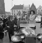 """Na afloop van """"De ronde van Nederland"""" wordt de wielerploeg van het Belgische bi…"""