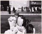 Bloemenman op het Stationsplein voor het Centraal Station