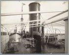 Zicht op het sloependek van het vrachtschip ss. Suriname