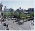 Leidseplein 1-7 (links, v.l.n.r.), gezien vanaf de Stadsschouwburg (gedeeltelijk…