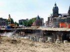 Bouwput voorde bouw van nieuwbouwwoningen en kantoren in het Oosterdok aan de Oo…