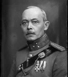 Eduard Arthur Ferdinand Blokhuis