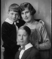 Mathilde Kool, Floris Gerrit Kool, Theod...