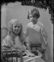 Marguerite Cornélie van Eeghen, Olga Con...