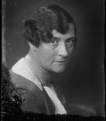 Johanna (Jo) van Ammers-Küller