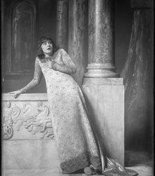 Sara Heyblom (1892-1990)
