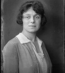 Augusta Veronica (Vera) Bondam (1895-198...
