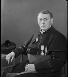 J.C. van der Loos (1881-1947), J.C. van ...