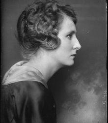 Wilhelmina Francisca (Mien) van Kerckhov...