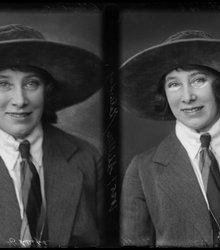 Corry Schiller-Italiaander (1886-1971)