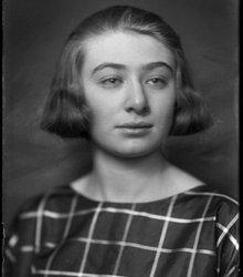 Alice Schwarz (1908-1996)