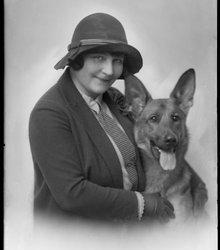 Edmonda Schneller (1896-1986)