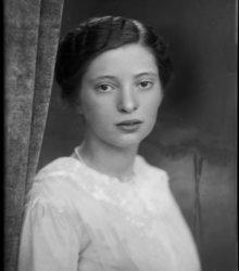 Martina Tobi (1898-1993)