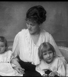 Gerarda Johanna Versteegh, Louise Jenny ...