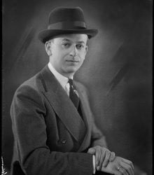 Albert Erich Schirm
