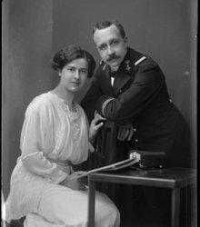 Johannes Dolk, Elisabeth Margaretha Nieu...
