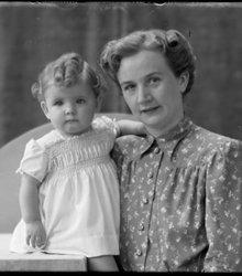 Wilhelmina Pieternella Sitter, Marion El...