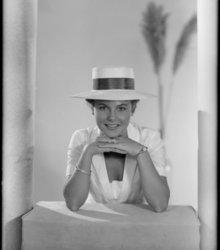 Daisy Sloten (1940-2011)