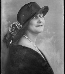 Lola Cornero (Helene Dorothea Catharina ...