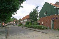 Wognumerplantsoen 1-9 (v.l.n.r.), gezien vanaf Monnikendammerweg