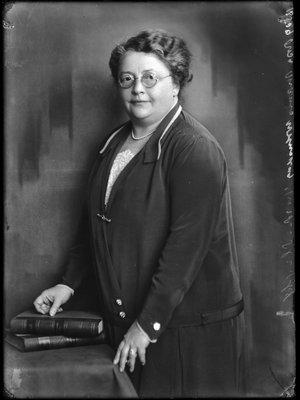 Rosette Susanna (Rosa) Manus (1881-1943)...