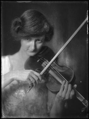 Kathleen Parlow (1890-1963)