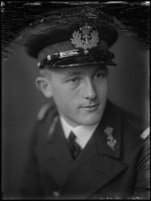 Donald Theodoor Mackay (1910-1992)