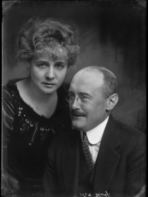 Abraham Kolff, Elly Annelise Anthony
