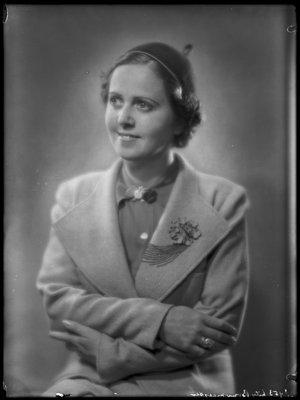 Lily Geertruida Maria Henriëtte Bouwmees...