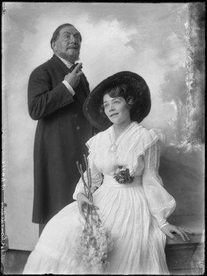 Louis de Vries (1871-1940), Annie Follen...
