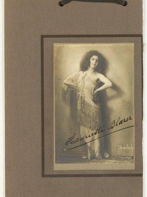 Adriana (Henriëtte Blazer) Blaaser (1889...