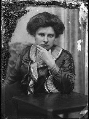 Anna Elisabeth (Nan) Zuikerberg