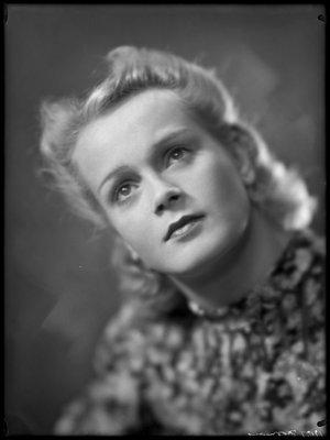 Elise Olga Beatrice Hoomans (1914-1991)