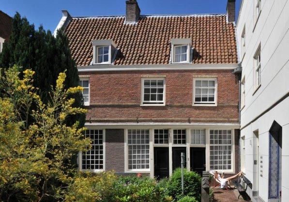 Egelantiersgracht 107-145 (inpandig), Sint Andrieshof (anno 1614)
