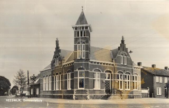 Album: openbare gebouwen in Heeswijk