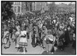 De Heilig-Bloedprocessie anno 1928.