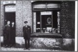 De fotozaak Charles D'hont in de Visspaanstraat nr. 21.