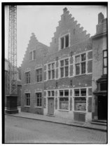 Het huis van Dr. De Winter in de Oude Burg.