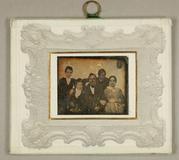 Visualizza Ehepaar mit drei Söhnen, um 1850 anteprime su