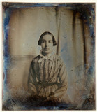 Miniaturansicht Vorschau von loose plate; portrait of unknown young woman